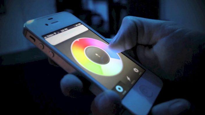 Wybór koloru LED w smartfonie